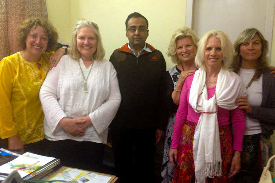 This 750 bed hospital, called, Shri Mahant Indresh Hospital, has one psychiatrist, Dr. Kalra. We were able to sit with him and hear about his work. 2013. Dr. Ana Nogales, Dr. Betty Everett, Dr. Kalra, Sonnee, Nancy O'Donnell, LPC, an Claudia Diaz.